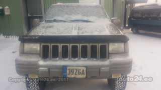Jeep Grand Cherokee 5.2 V8 158kW