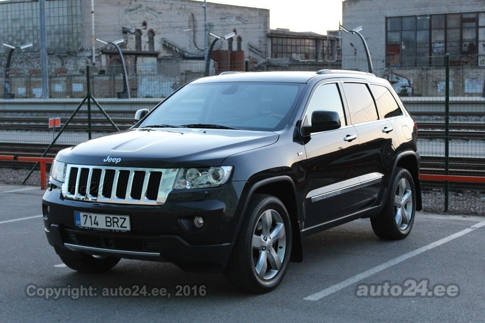 jeep grand cherokee overland 3 0 crd 177kw. Black Bedroom Furniture Sets. Home Design Ideas