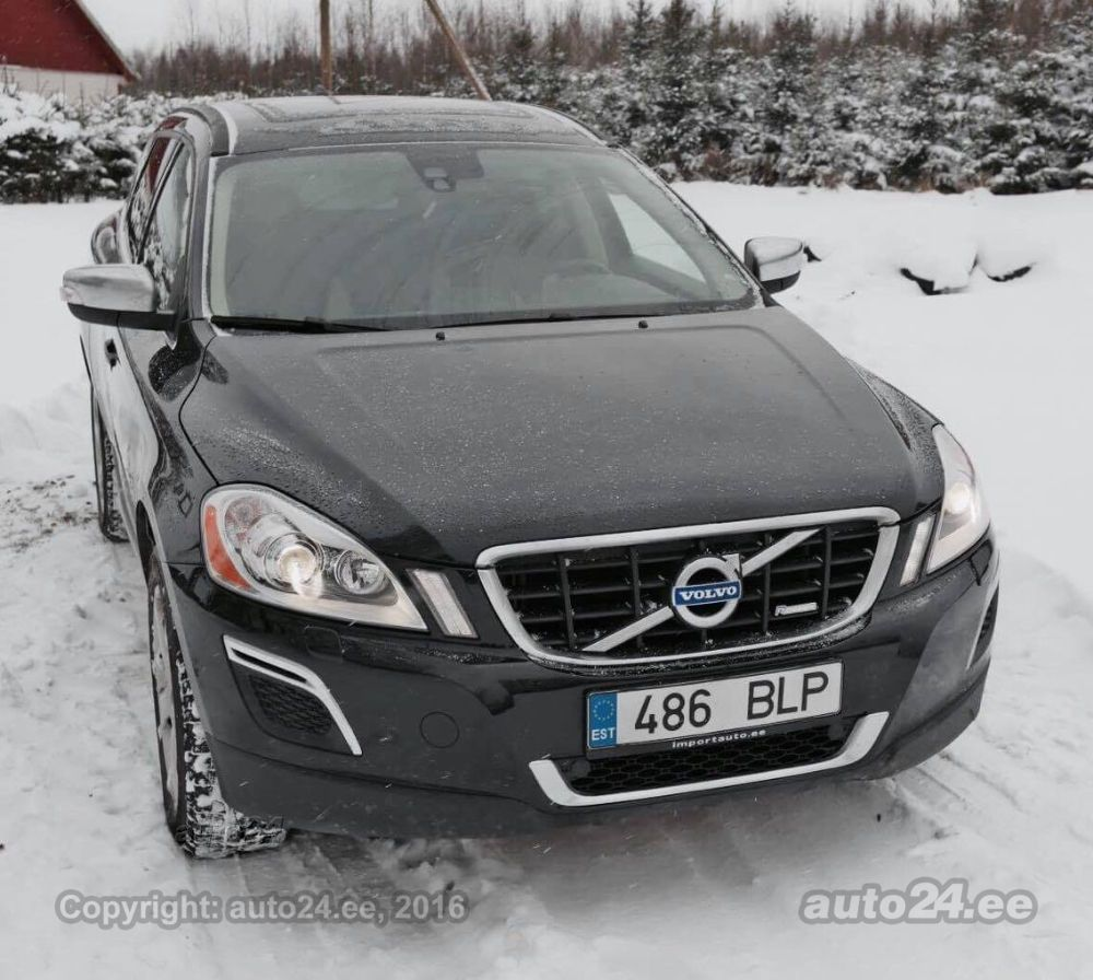 volvo xc60 awd r design 2 4 d3 120kw. Black Bedroom Furniture Sets. Home Design Ideas