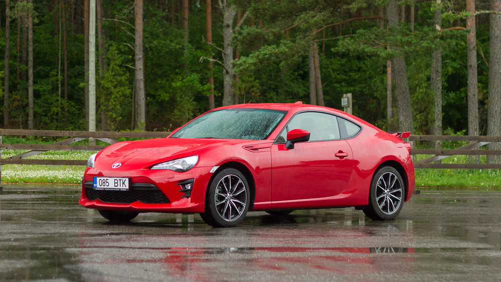 VIDEO: Toyota GT86