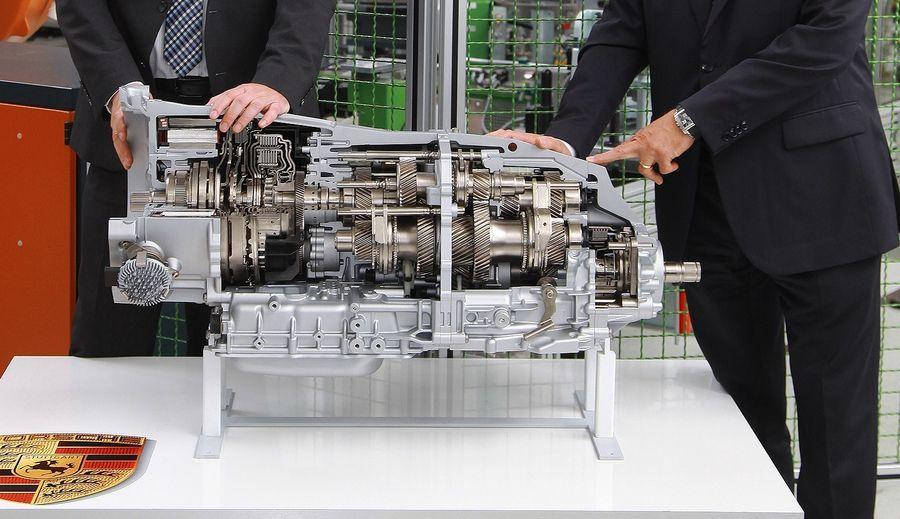 ZF hakkas Porsche jaoks tootma uut kahe siduriga käigukasti