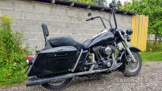 Harley-Davidson Road King Air cooled four stroke 45 V-Twin OHV 49kW