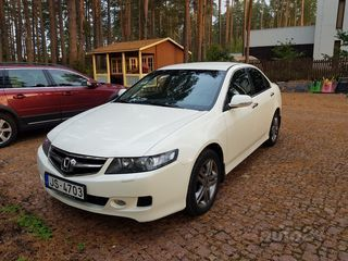 Honda Accord 30th anniversary 2.0 V4 VTEC K20Z2 114kW