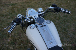 Harley-Davidson Road King FLHRCI Road King Classic Twin Cam 88 50kW