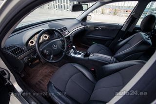 Mercedes-Benz E 320 4MATIC 3.2 165kW