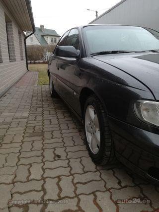 Opel Omega 2.2 r4 88kW