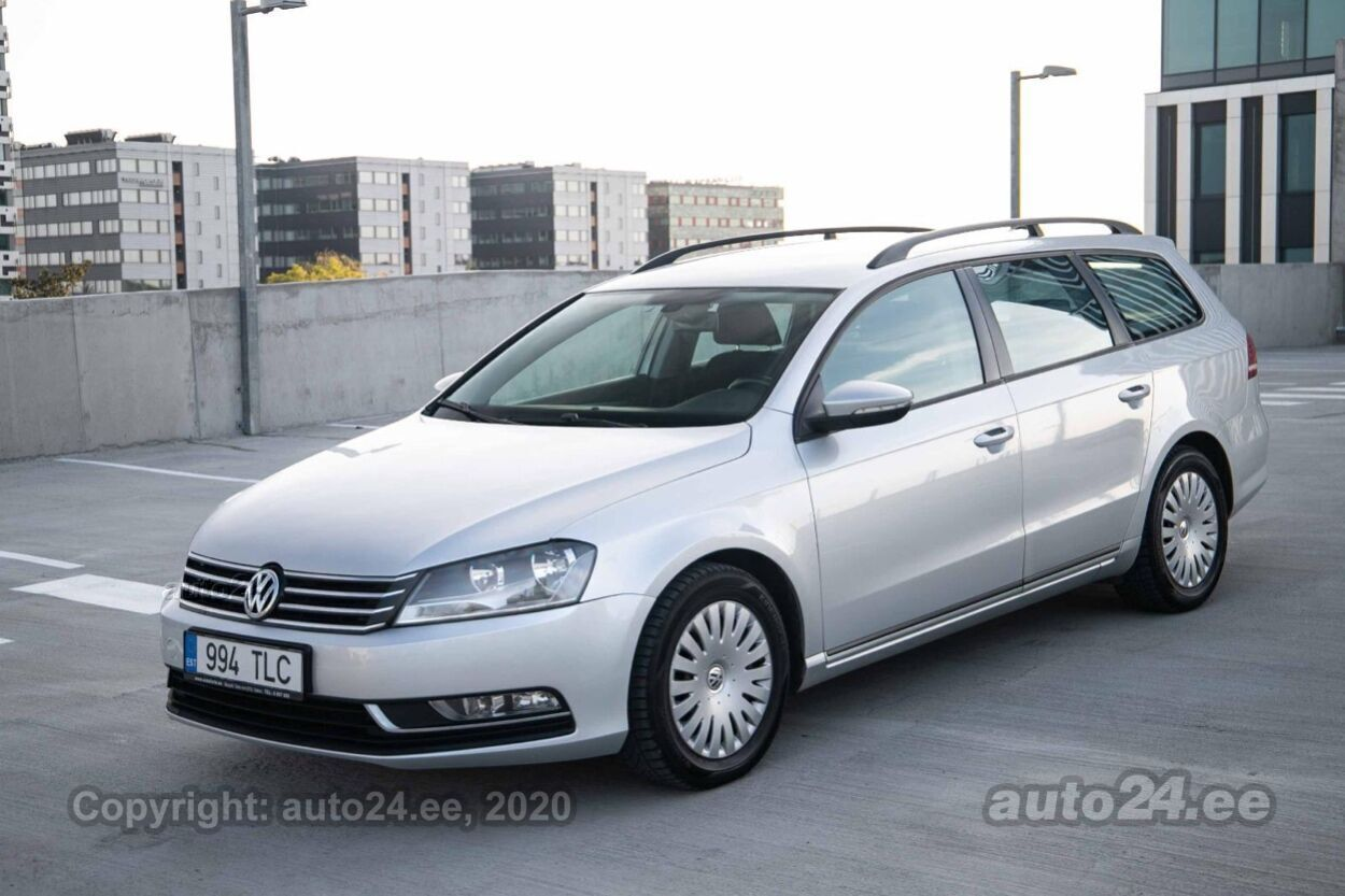 Volkswagen Passat - Photo