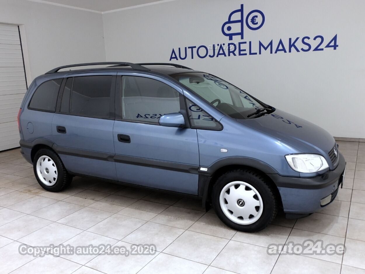 Opel Zafira Comfort - Photo