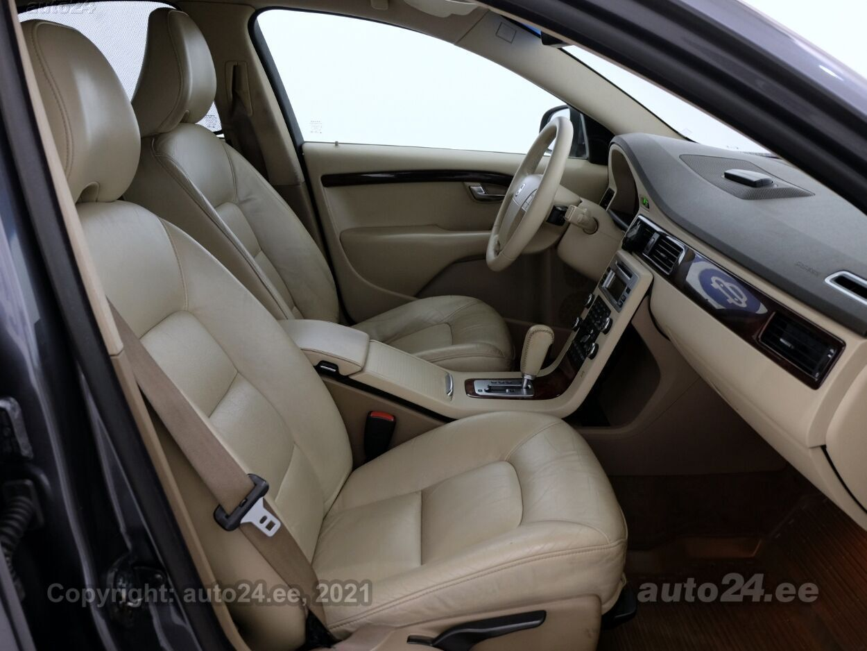 Volvo S80 Summum ATM 2.4 D5 136 kW - Photo 6