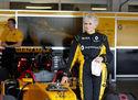 79-aastane rallileedi testis F1 autot