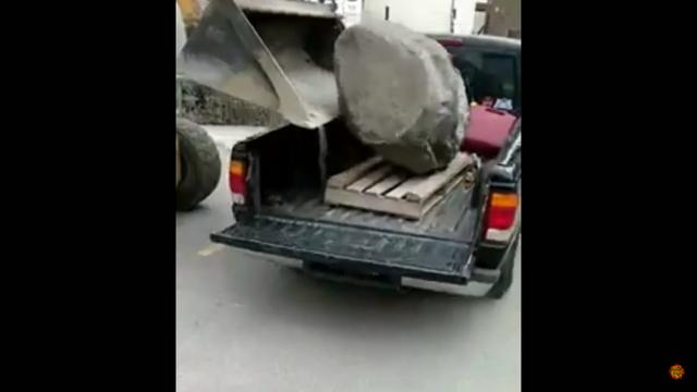Kivi kasti! Kaader: Youtube
