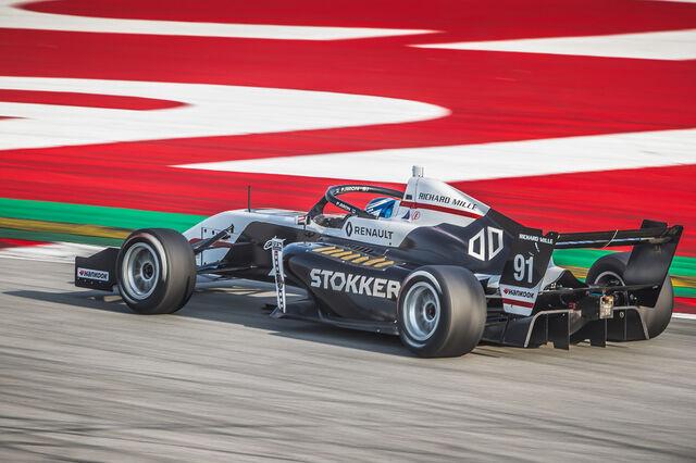 Paul Aron. Foto: Marc de Mattia / DPPI / Renault Sport