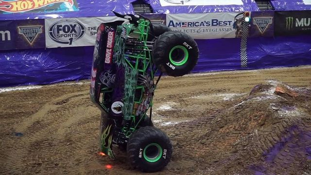 Grave Digger. Kaader: Youtube