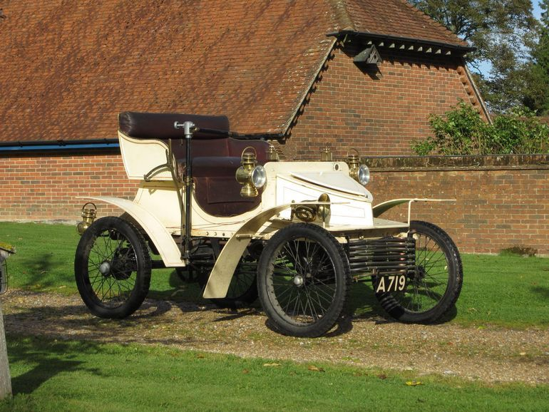 Maailma vanim Vauxhall jõuab oksjonile