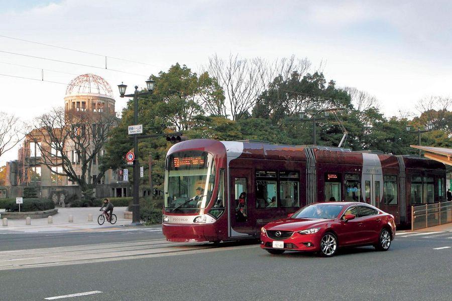 Mazda paneb autod suhtlema trammidega