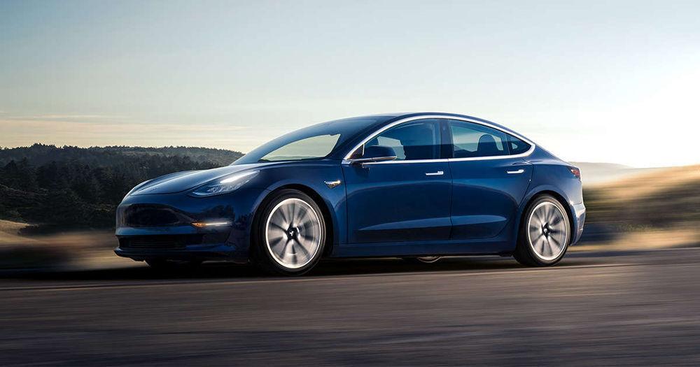 Tesla tootis Model 3 oodatust kordades vähem