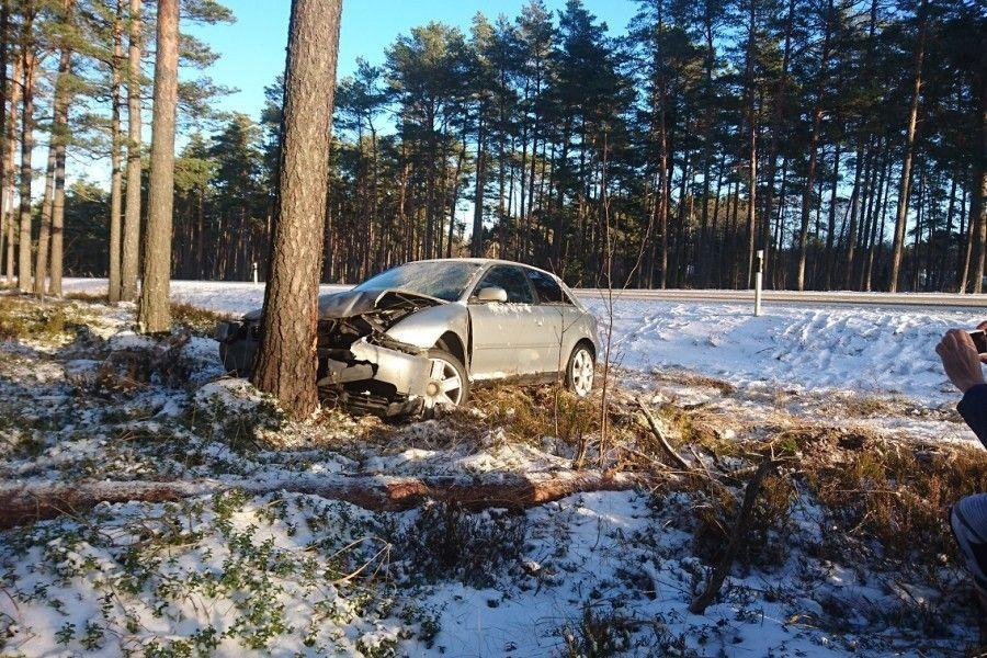 Selle sügise suurim If Kindlustuse hüvitatud libeda tee kahju ulatub 40000 euroni, kui esimese lumega kaotas Harjumaal juhitavuse 2017. aasta sõiduk.