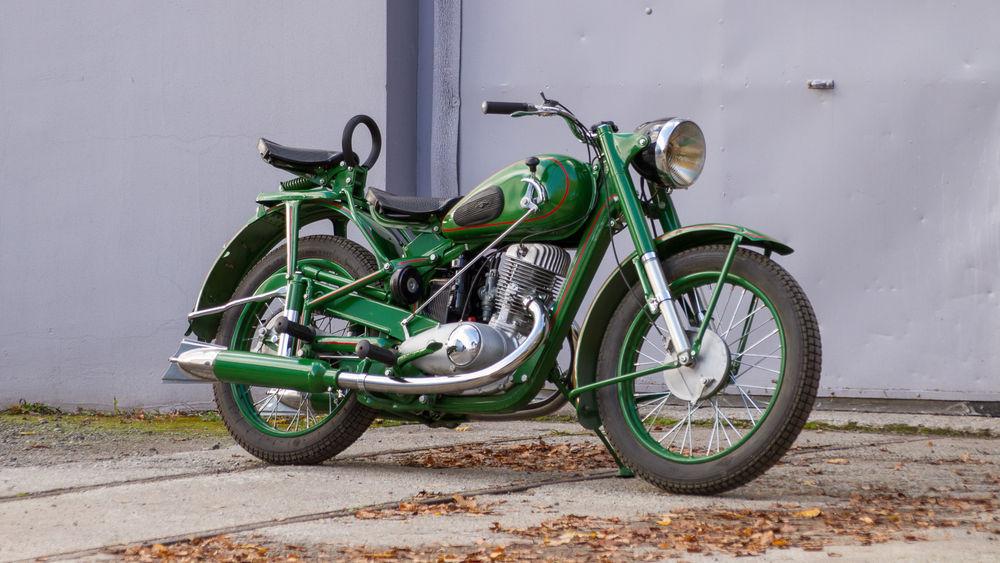 Bike Motors - restaureeritud IŽ-49